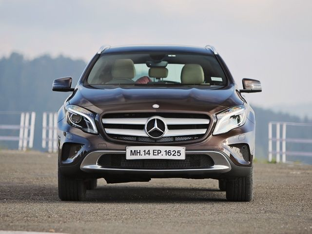 Mercedes benz gla class india review photo gallery slide 4 for Mercedes benz gla india