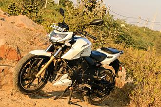 TVS Apache RTR 200 4V- Detailed Review