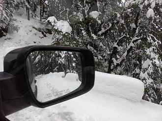 Snow Drive with my Mahindra Scorpio S10 4WD