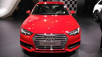 Auto Expo 2016: Audi Unveils A4 Facelift