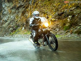 Royal Enfield Himalayan Vs. Mahindra Mojo Spec Comparo
