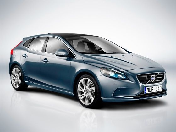 Volvo V40 hatchback launching in India in April 2015